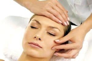 Виды омолаживающего массажа для лица