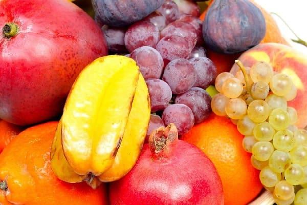 Маски из ягод и фруктов