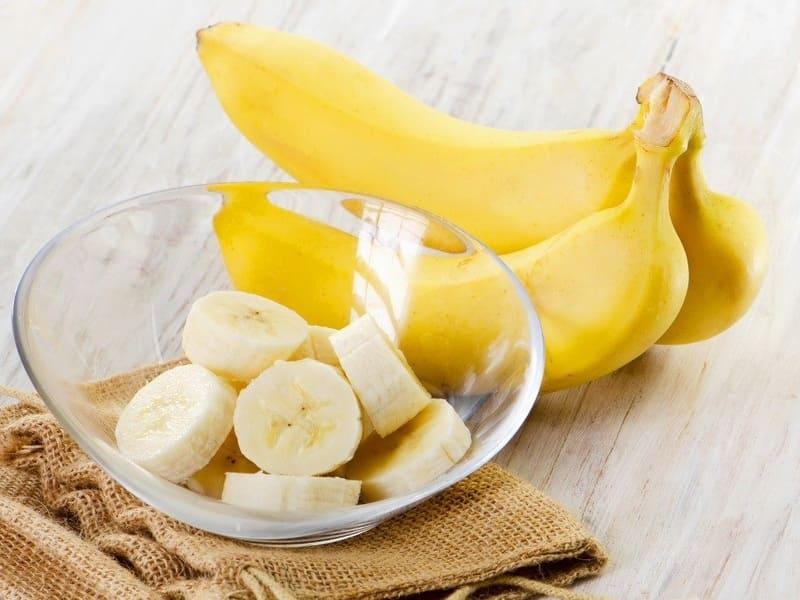 Маска для лица из банановой кашицы