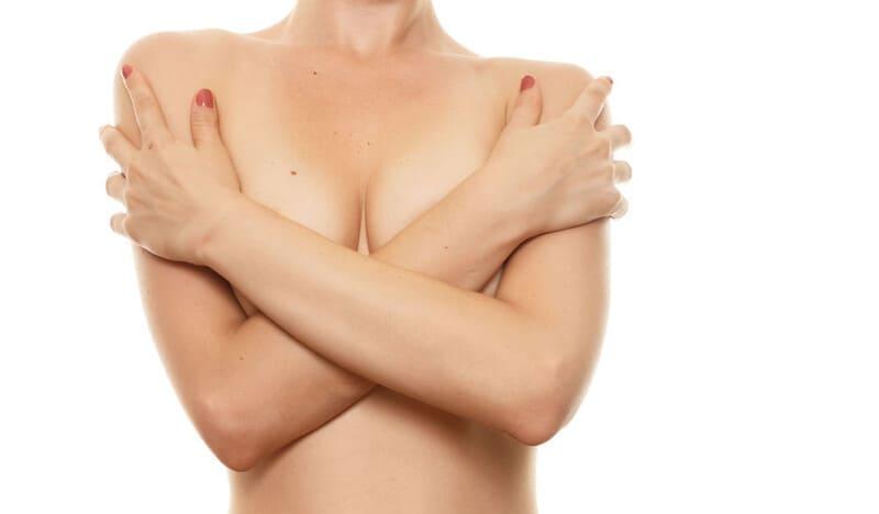 Как можно избавиться от волос в области груди