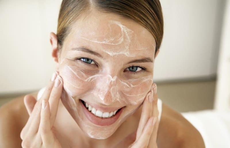 Придайте вашей коже естественное сияние при помощи домашних средств