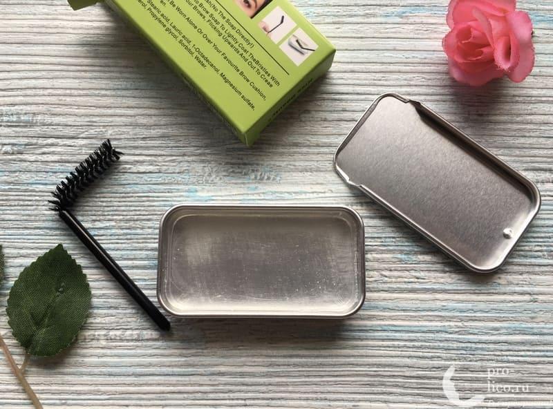 Мыло для бровей Kiss Beauty 3D Eyebrow Styling Soap щеточка