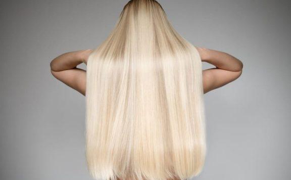 4 аптечных средства для волос, которые делают их гуще и красивее