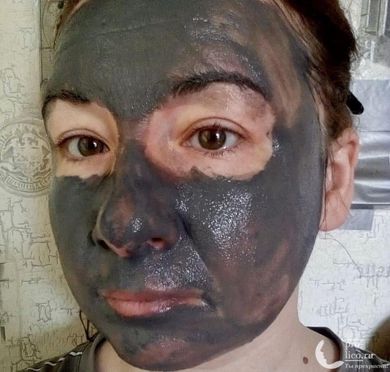 """""""Black bubble mask"""" - очищающая черная пенящаяся маска для лица для всех типов кожи """"Institute Estelare"""" фото на лице"""