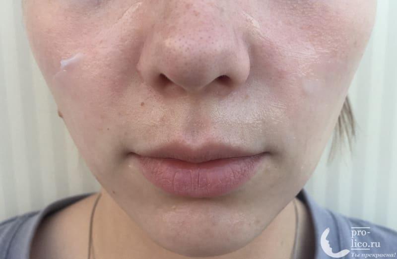 Маска для лица Банька Агафьи «Освежающая экспресс-маска» нанесение на лицо