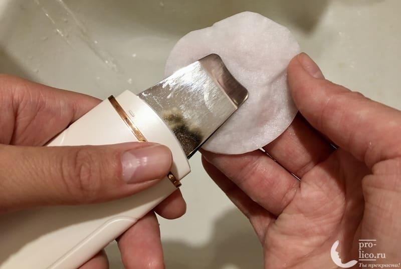 Аппарат для ультразвуковой чистки лица, фонофореза и лифтинга кожи с ионизацией MOMAN очищение лопаточки