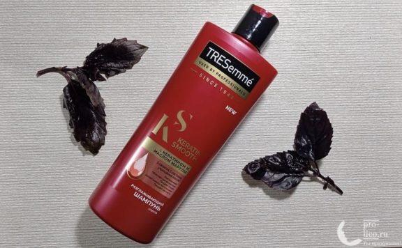 Шампунь TRESemme «Разглаживающий для волос» Keratin Smooth с кератином и маслом марулы
