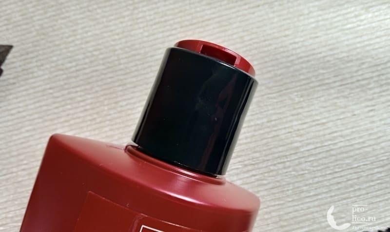 Шампунь TRESemme «Разглаживающий для волос» Keratin Smooth с кератином и маслом марулы дозатор
